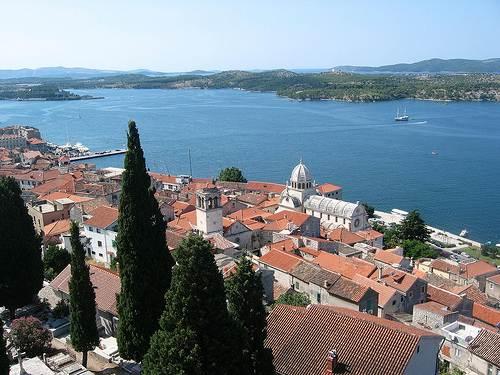 Sibenik, ciudad y puerto en Croacia