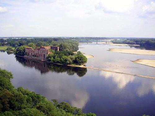 Fortaleza de Modlin, en la confluencia de dos ríos