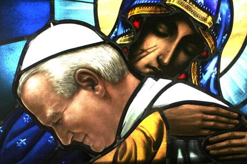 Virgen Negra y Juan Pablo II