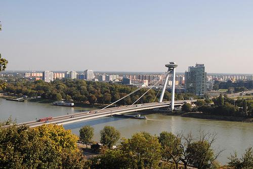 El Puente Nuevo sobre el Danubio